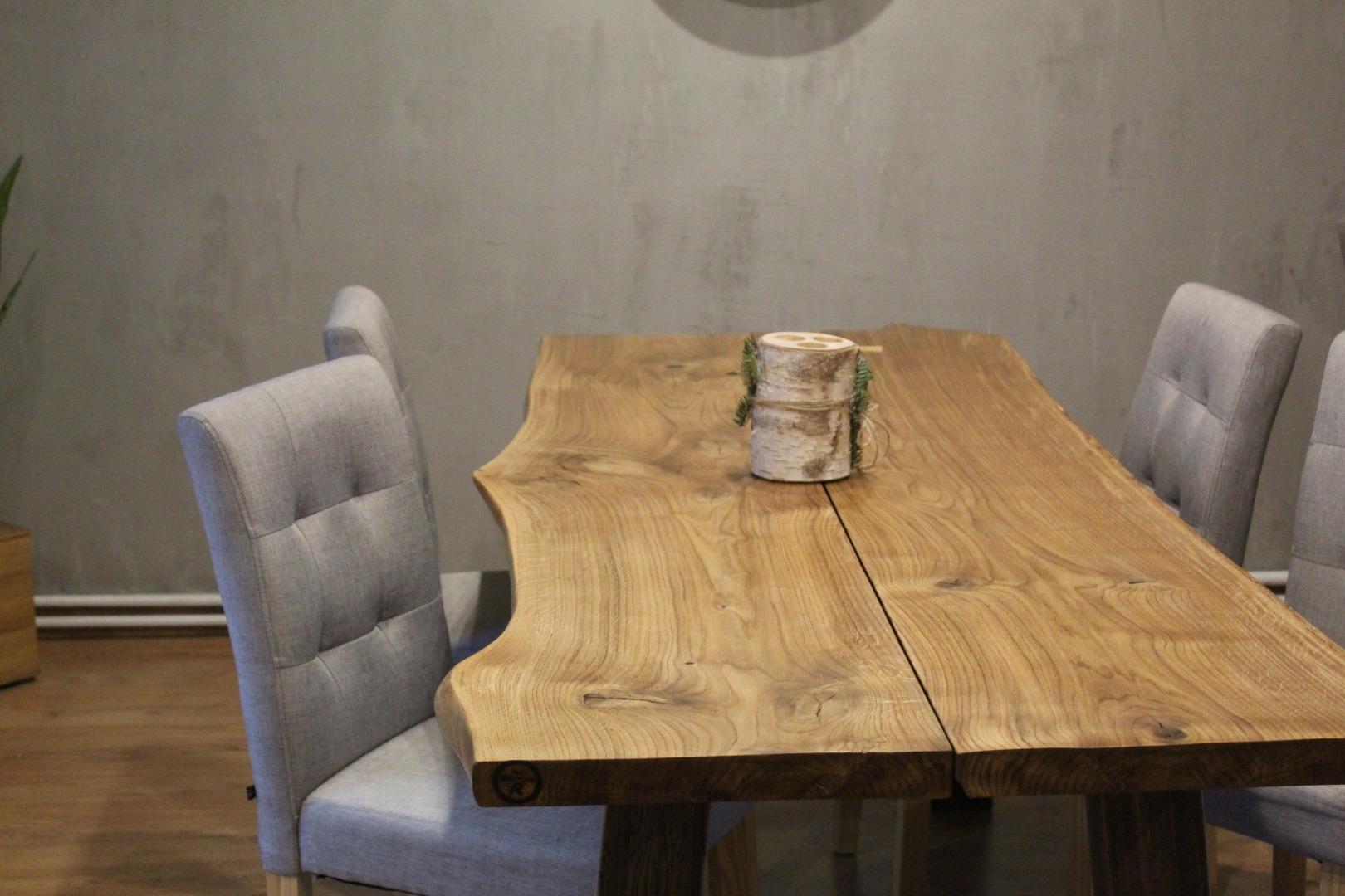 Rustykalny stół - mebel idealny dla Ciebie! #1