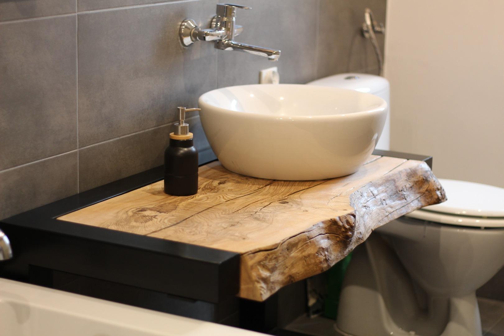 Meble łazienkowe z litego drewna #1