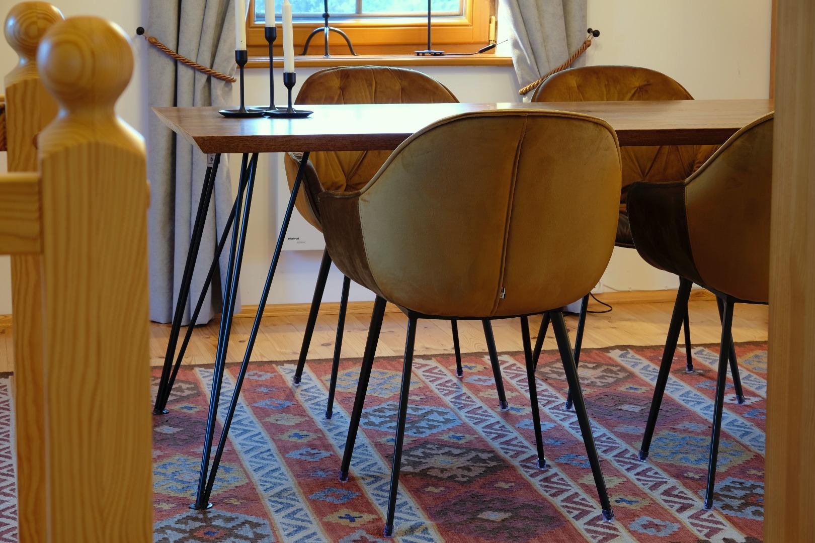 Stół na nodze Hairpin legs #6
