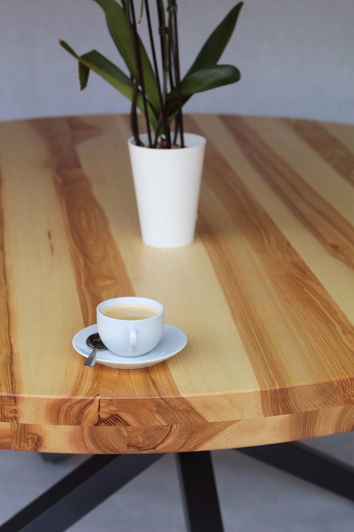 Okrągły, jesionowy stół #2