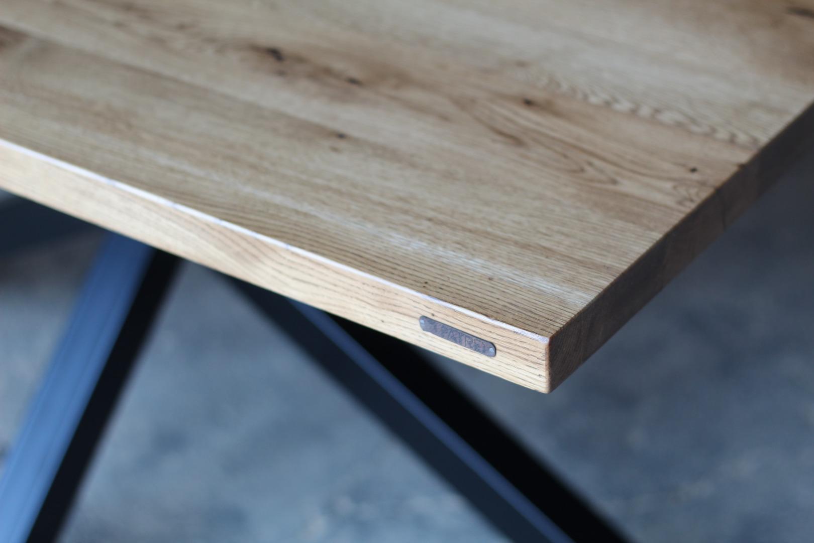 Stół na na masywnej nodze  #5
