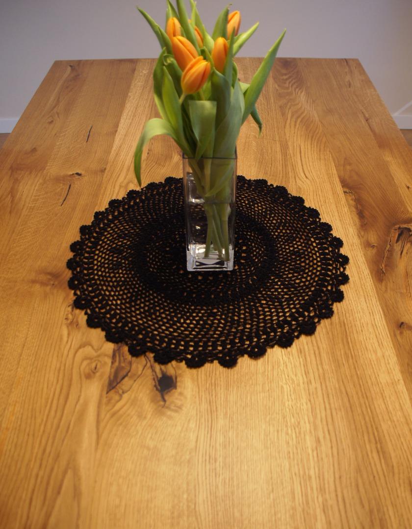 Dębowy stół z nogą w czarnym macie #5