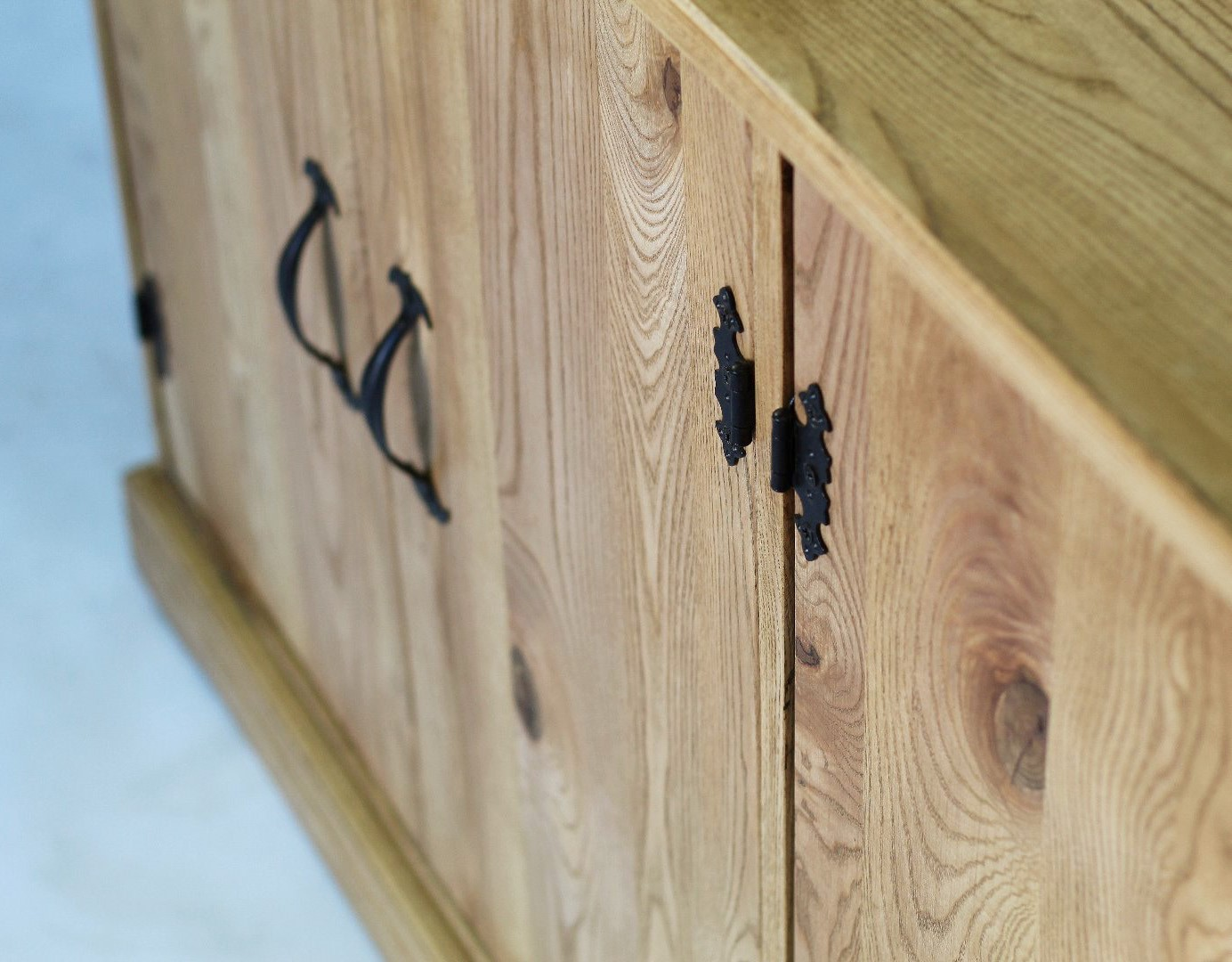 Prowansalska komoda z drewna jesionu #4