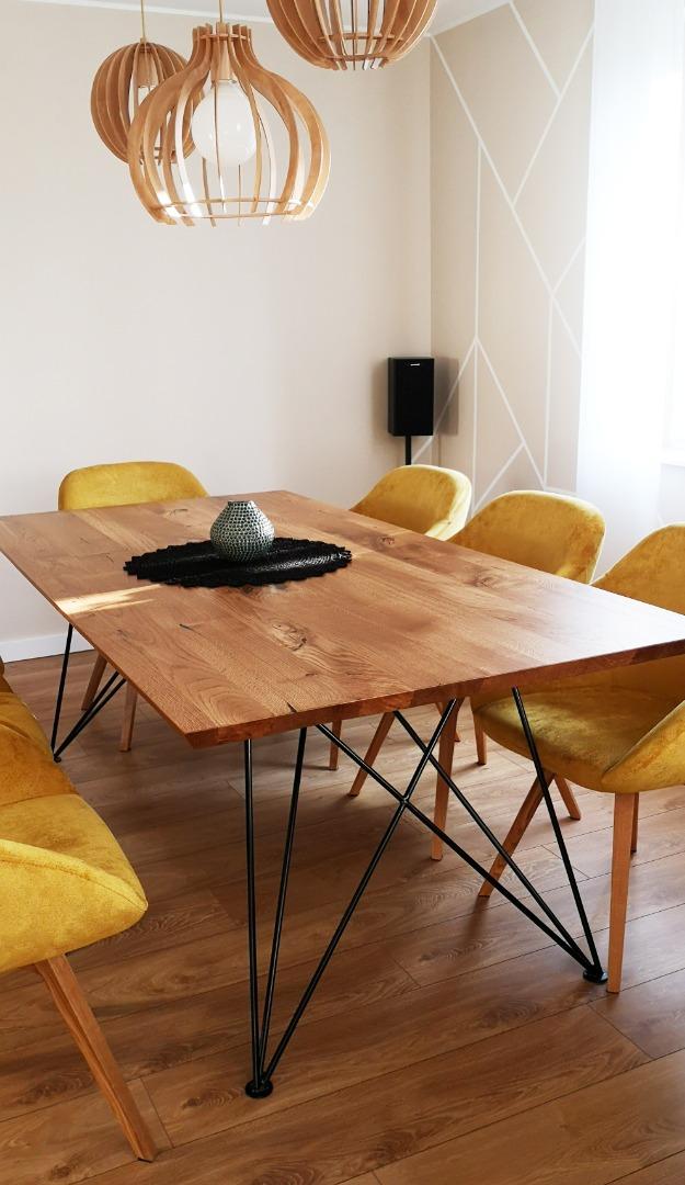 Dębowy stół z nogą w czarnym macie #7