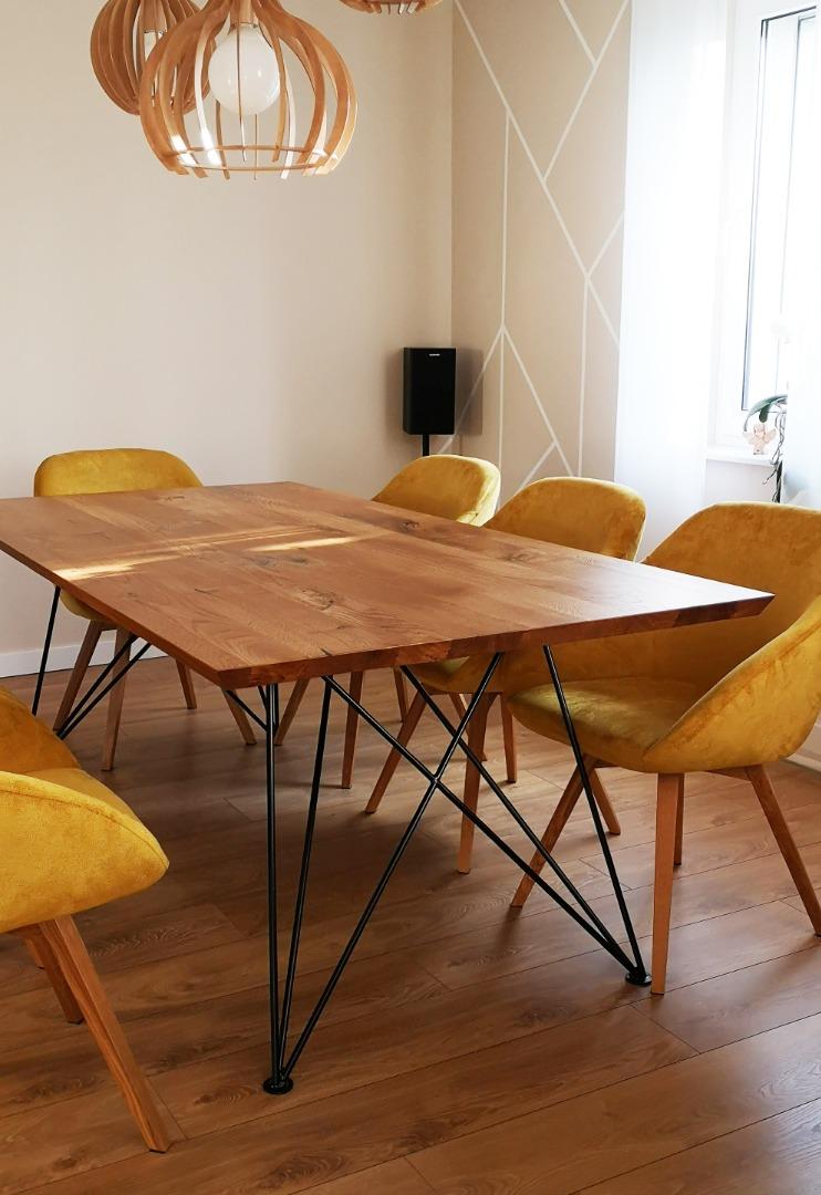 Dębowy stół z nogą w czarnym macie #6