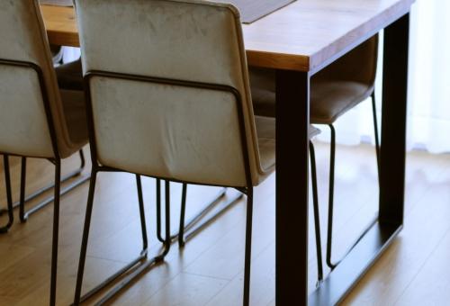 Klasyczny stół industrialny
