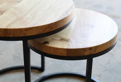 Dwa zgrabne stoliki kawowe